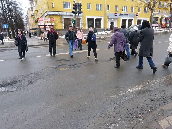 Петрозаводские дороги не отремонтируют, Кондопожский ЦБК жив, а Ваенгу «продинамили»