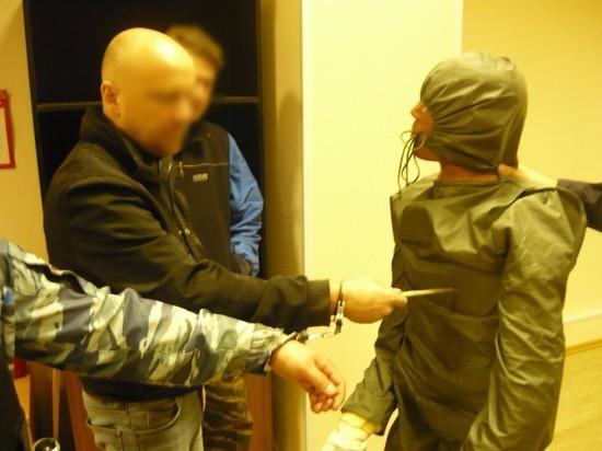 Человека в Медвежьегорске зарезали у всех на глазах и без повода