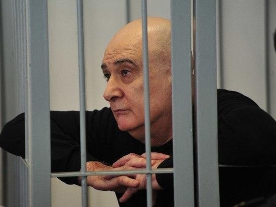 В деле Алиханова остаются неразгаданные тайны