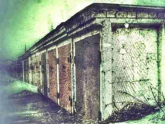 Всех вон: В Петрозаводске снесут киоск и гаражи